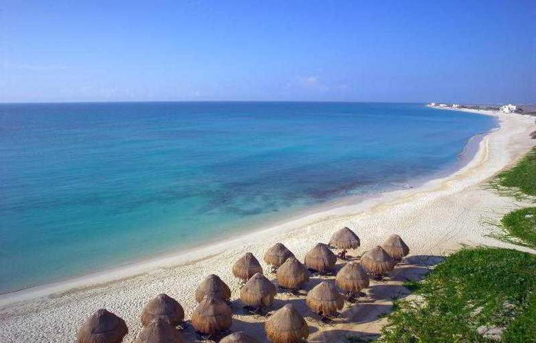 Amresorts Now Jade Riviera Cancun  - Beach - 3
