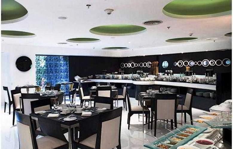 The Beatle - Restaurant - 6