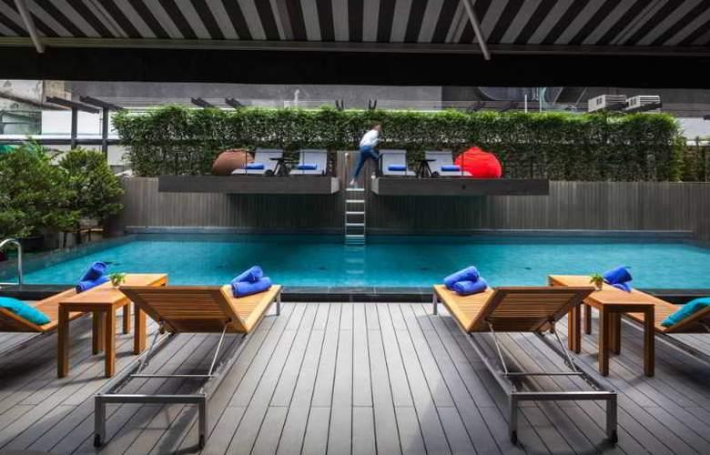 Lit Bangkok - Pool - 28