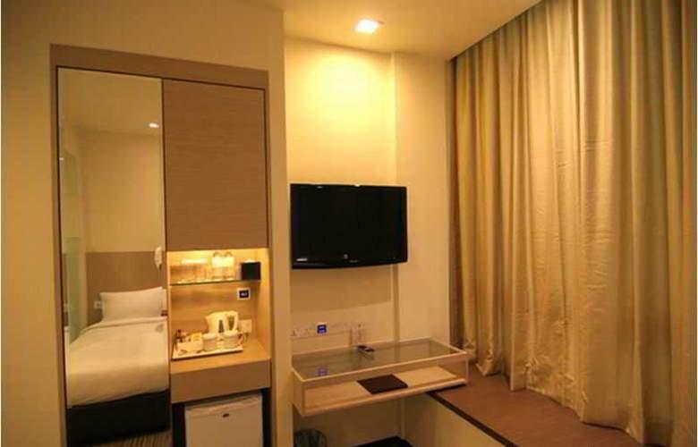 Aqueen Hotel Lavender - Room - 11