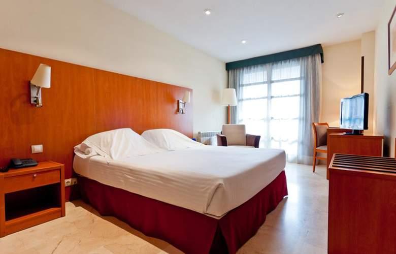 Exe Gran Hotel Almenar - Room - 9