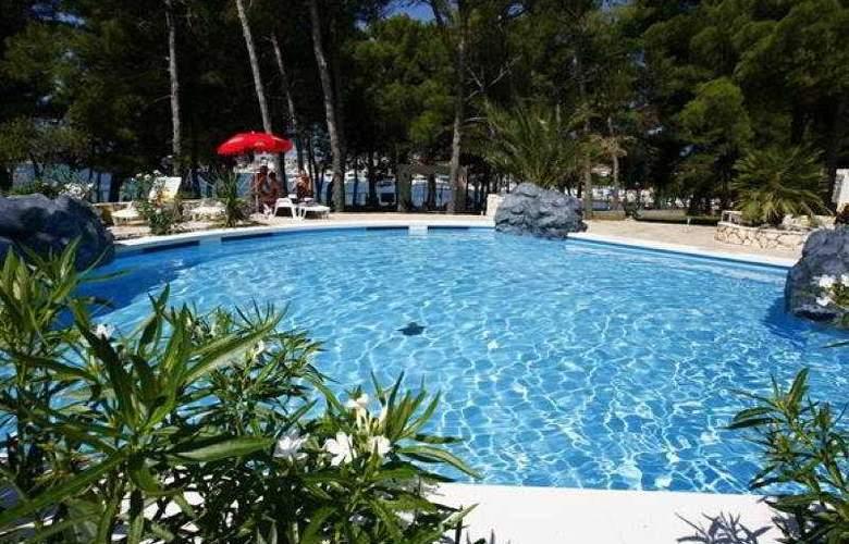 Apartmani Matilde - Pool - 6