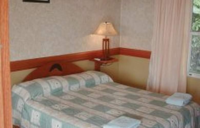 Los Lagos Spa & Resort - Room - 5