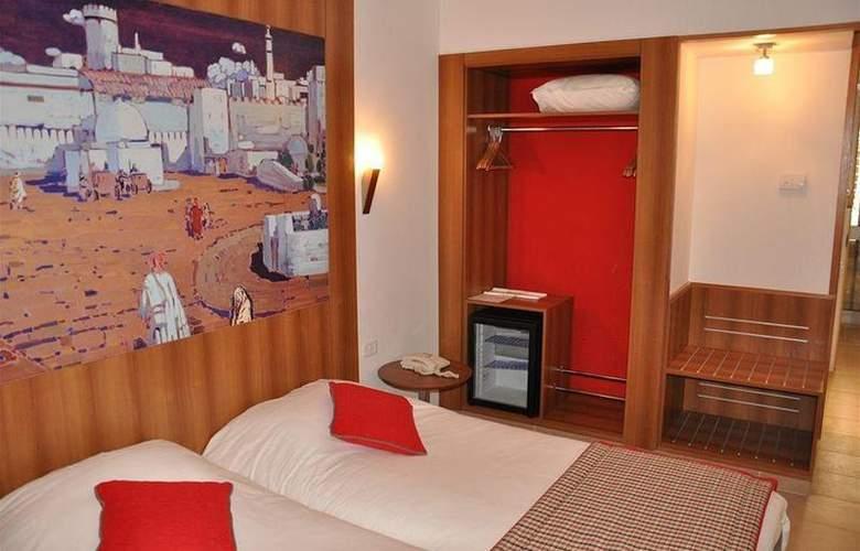 Carlton Tunis - Room - 6