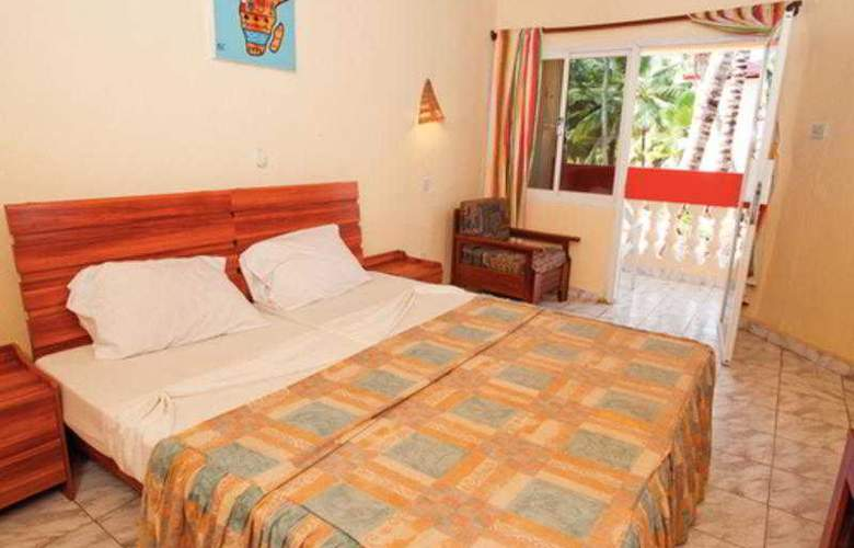 Palm Beach Hotel - Room - 8