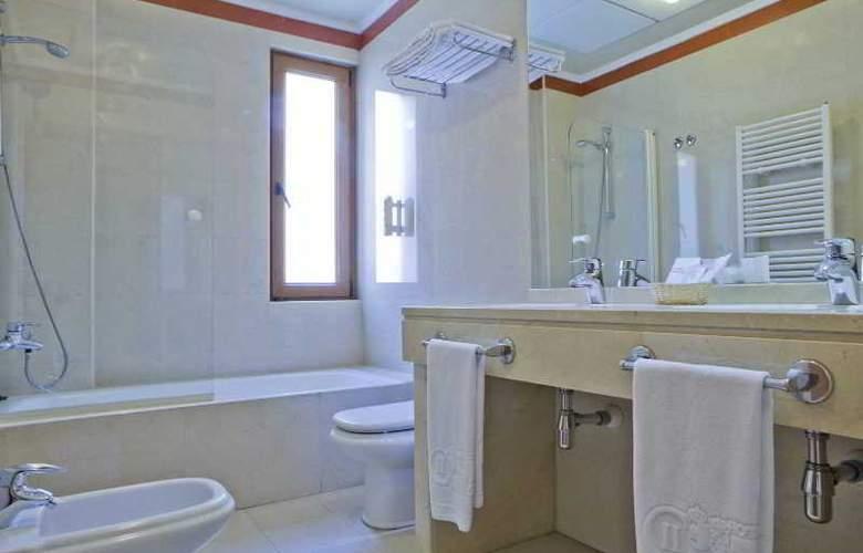 II Castillas Madrid - Room - 8