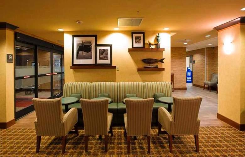 Hampton Inn Waldorf - General - 6