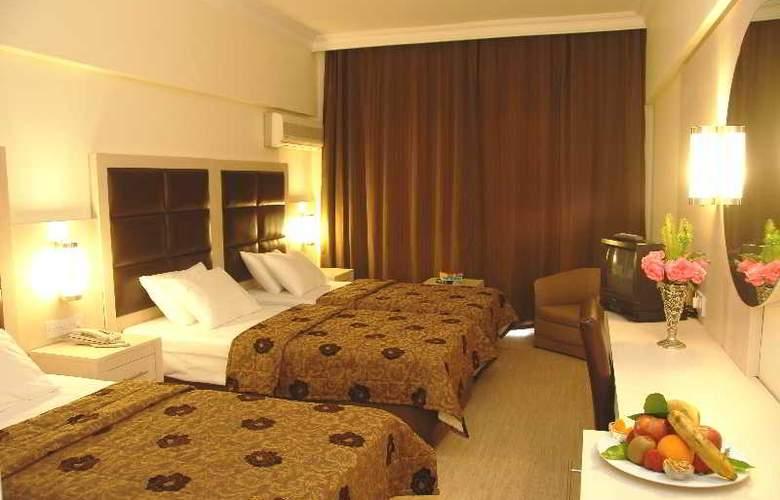Oscar Resort - Room - 3