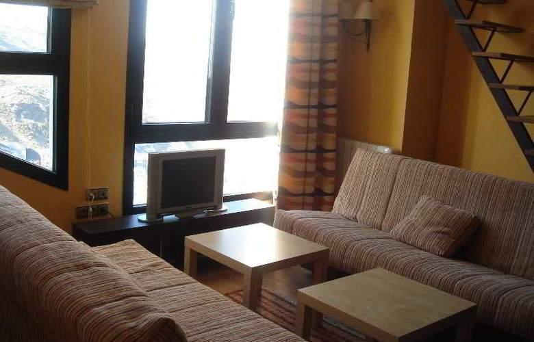 Nievemar Zona Media Alta - Room - 0
