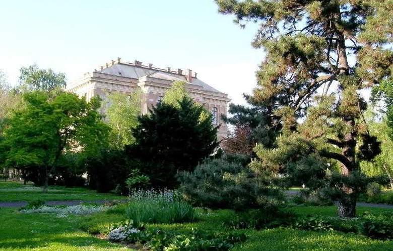 Sheraton Zagreb - Hotel - 33
