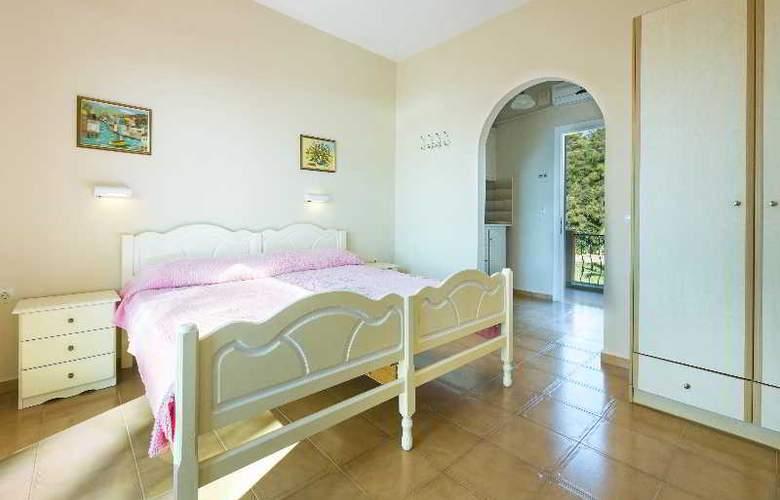 Panorama Fanari Studios & Apartments - Hotel - 39