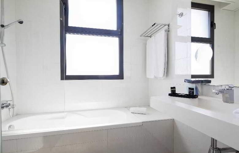 Best 4 Barcelona - Room - 30