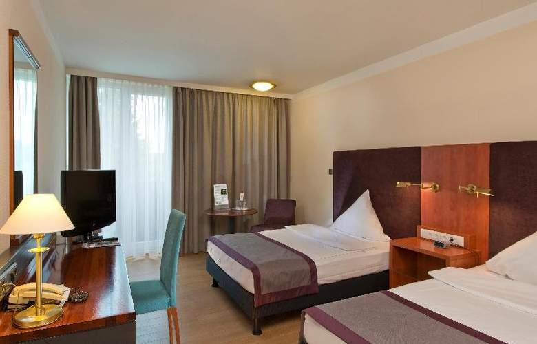 Wyndham Garden Kassel - Room - 8