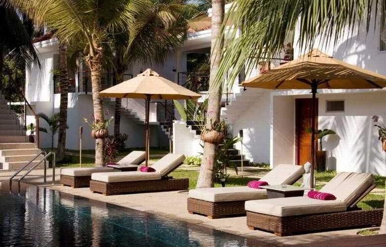 Villa Kiara Boutique Hotel - Pool - 3