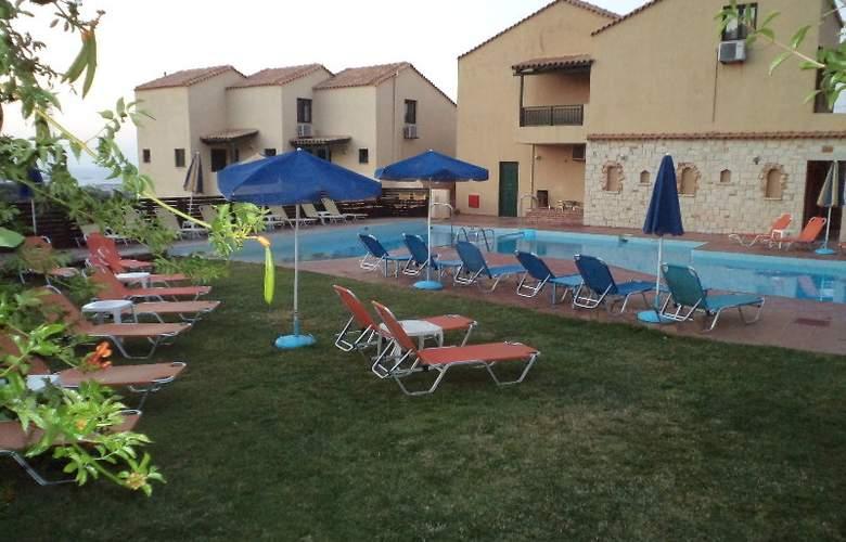 Dream Village - Pool - 9