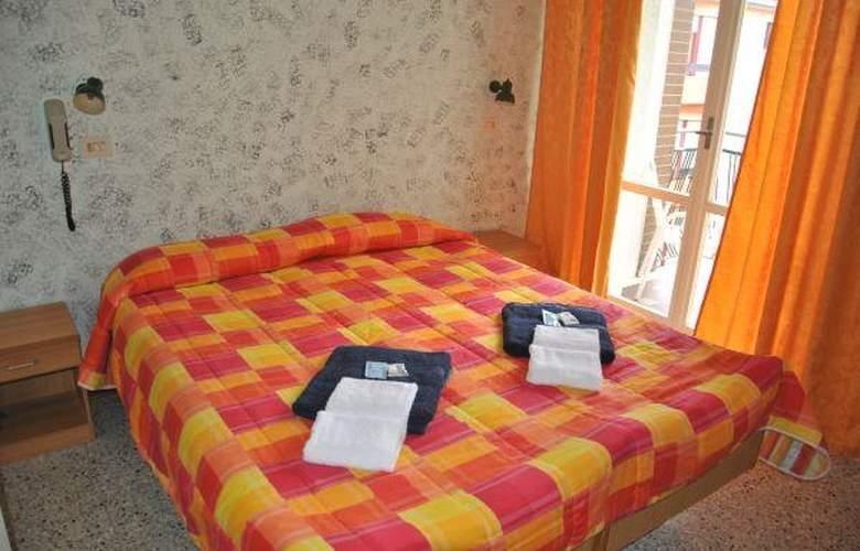 Ausonia - Hotel - 2