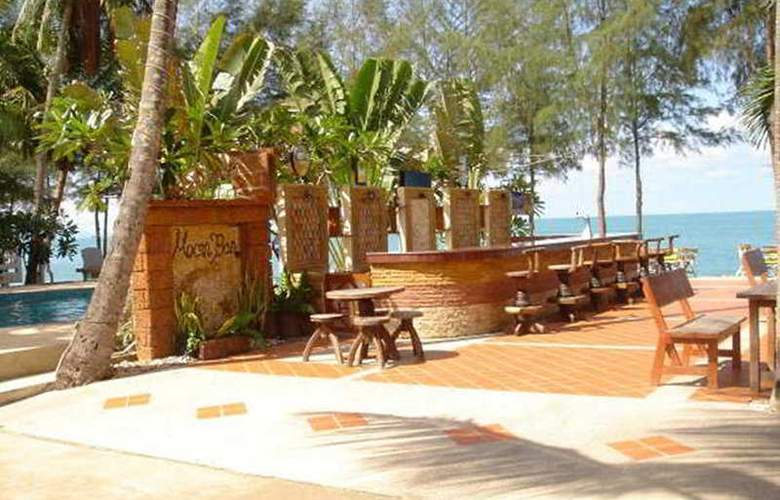 Supar Royal Beach Khanom - Bar - 3