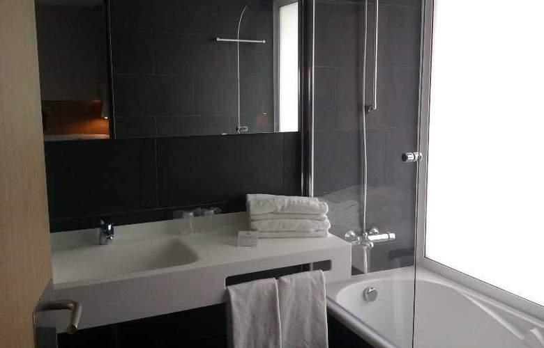 Atenea Port Barcelona Mataro - Room - 6