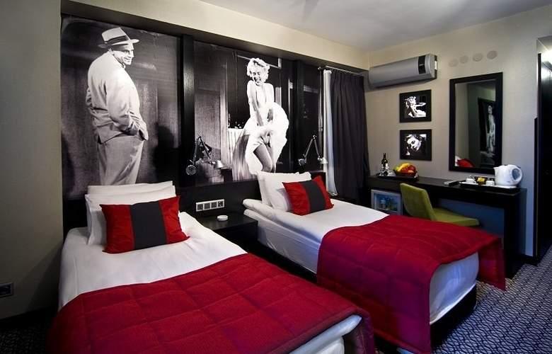 Maltepe 2000 Hotel - Room - 6