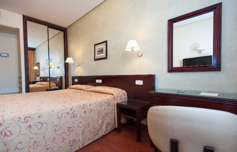 Derby Sevilla - Room - 1