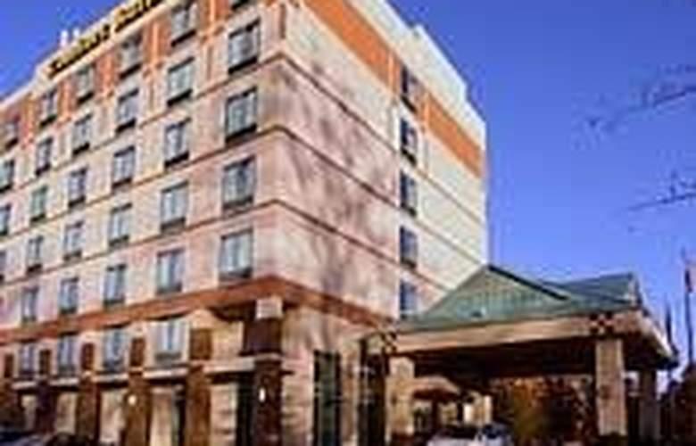Comfort Suites Perimeter Center - Hotel - 0
