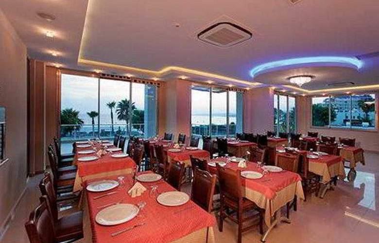 Venessa Beach - Restaurant - 8