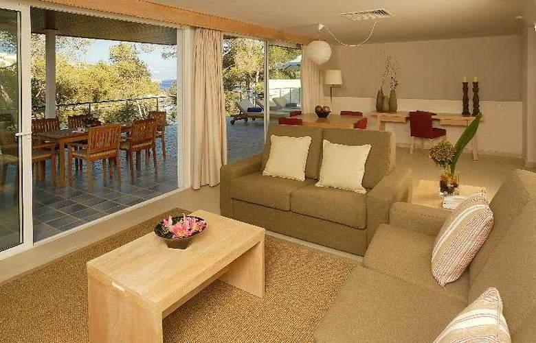 Blau Privilege Porto Petro Beach Resort & Spa - Room - 9
