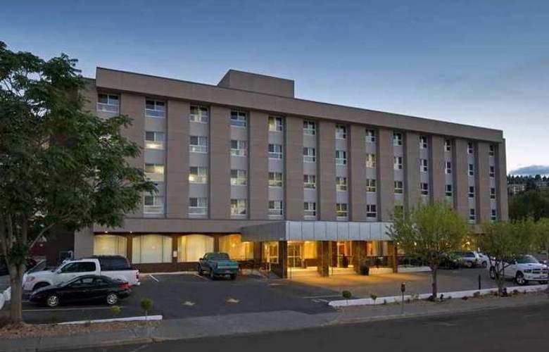 DoubleTree by Hilton Kamloops - Hotel - 0
