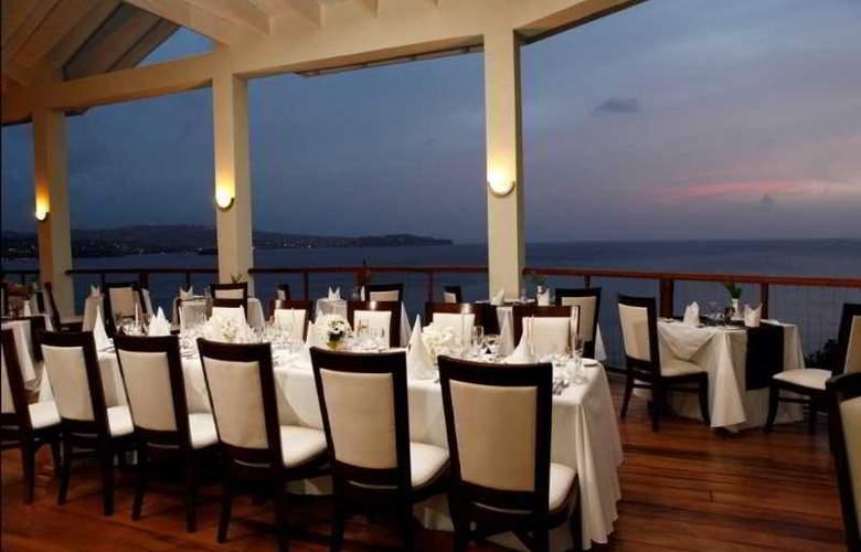 Calabash Cove - Restaurant - 10