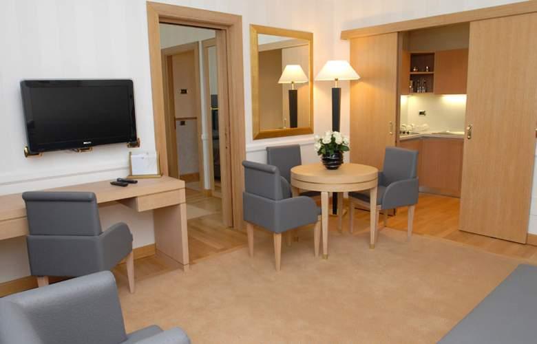 Grand Hotel Duca Di Mantova - Room - 17