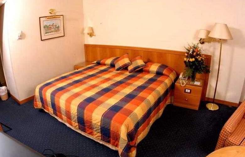 Le Cavalier - Room - 2