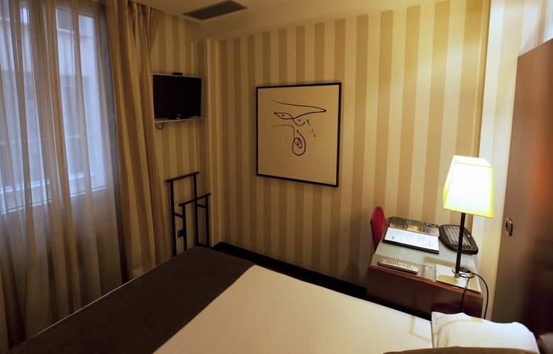 Zenit Barcelona - Room - 11