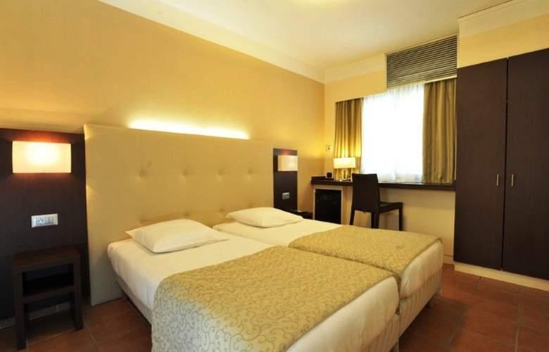 Rotonde Hotel - Room - 9
