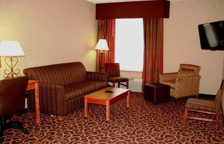 Hampton Inn Deadwood at Four Aces Casino - Hotel - 6