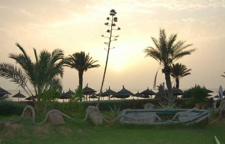 Diana Beach - Hotel - 0