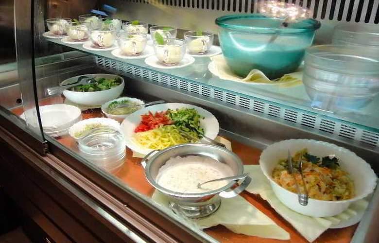 Gold Buda - Restaurant - 43