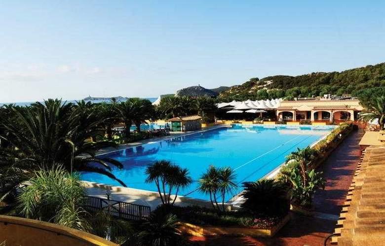 Tanka Village Golf & Spa - Pool - 2