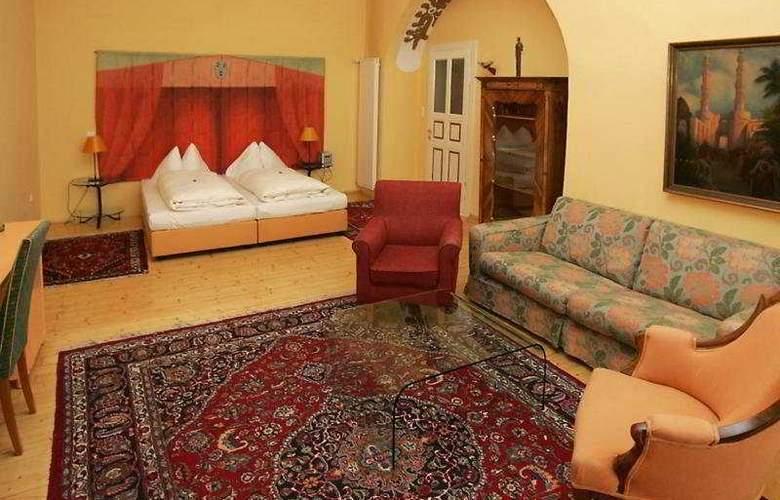 Hotel Zum Dom - Palais Inzaghi - Room - 2