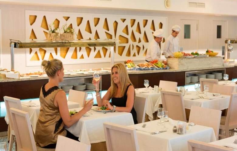 HSM Golden Playa - Restaurant - 29