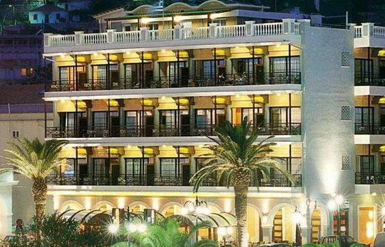 Phoenix - Hotel - 0