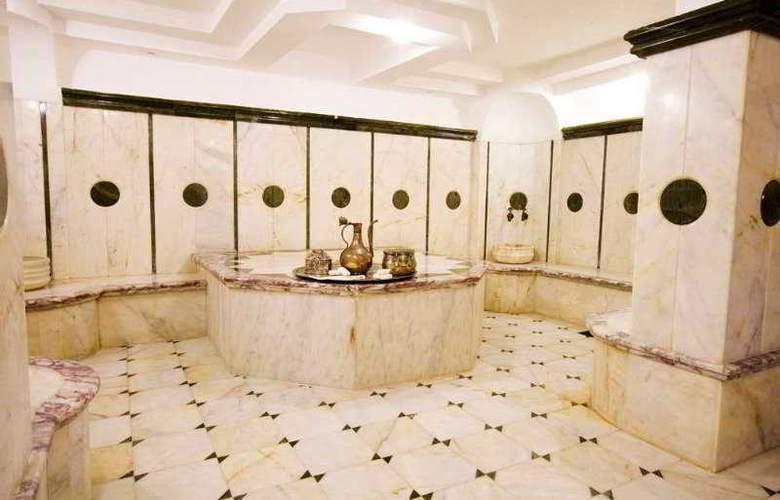 Grand Hotel Faros - Sport - 9