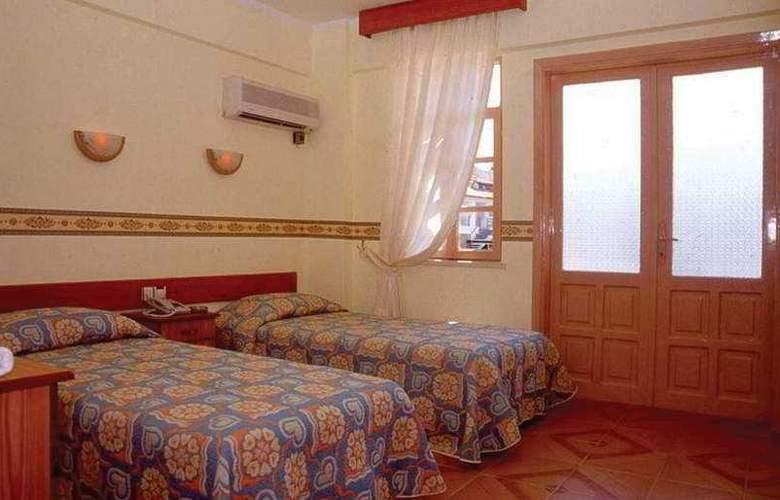 Aloe Hotel & Apart - Room - 4