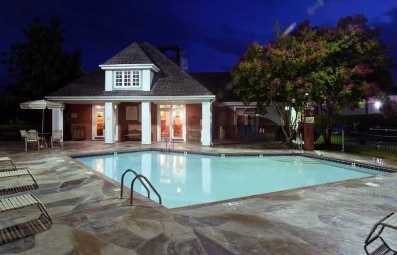 Homewood Suites by Hilton Charlotte - Pool - 1
