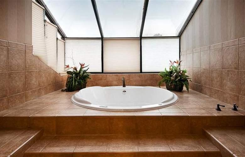 Best Western Landmark Inn - Room - 115