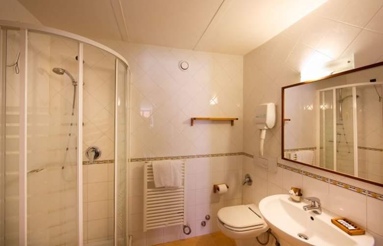 Au Rivoli - Room - 11