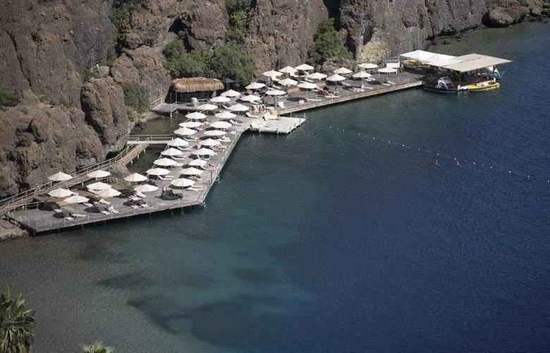 D-Hotel Maris - Beach - 6