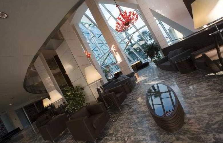 Antony Palace - Hotel - 1