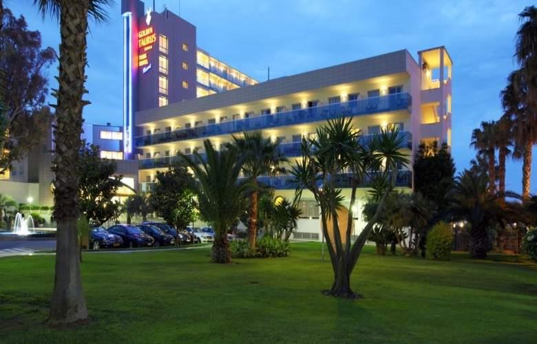 Golden Taurus Park Resort - Hotel - 0