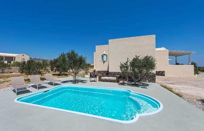 Sienna Residences - Pool - 12