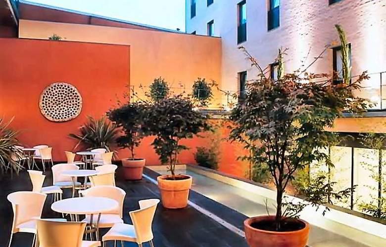 Exe Tres Cantos - Terrace - 7